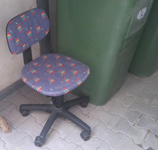 Židle B4